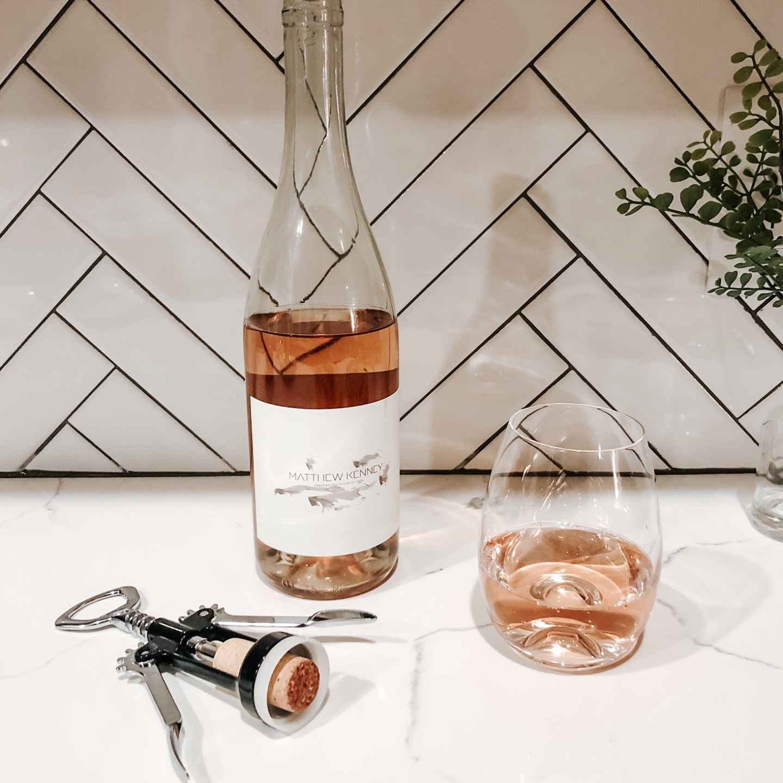 vegan pinot noir rose wine
