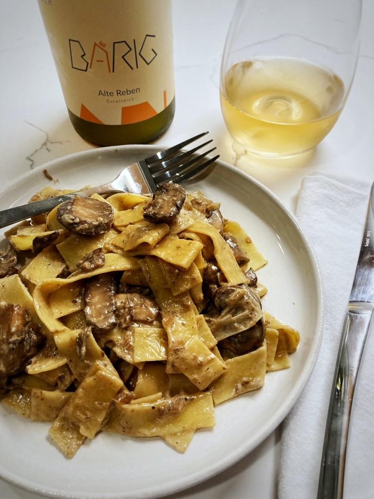 vegetarian mushroom stroganoff wine pairing