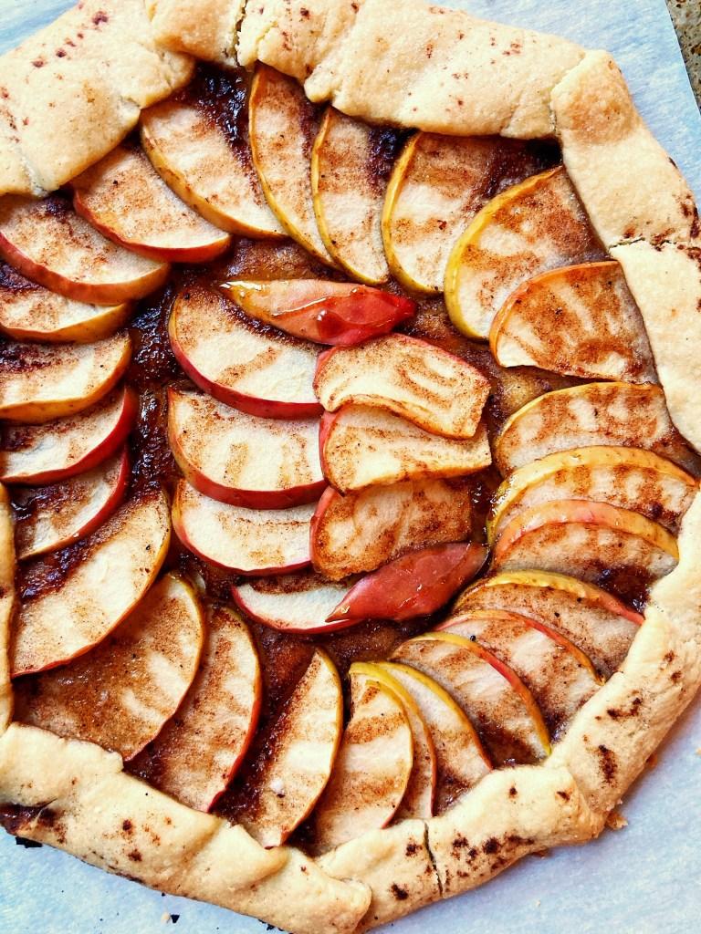 spiced maple apple tart