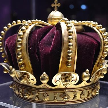 king-1304612_380