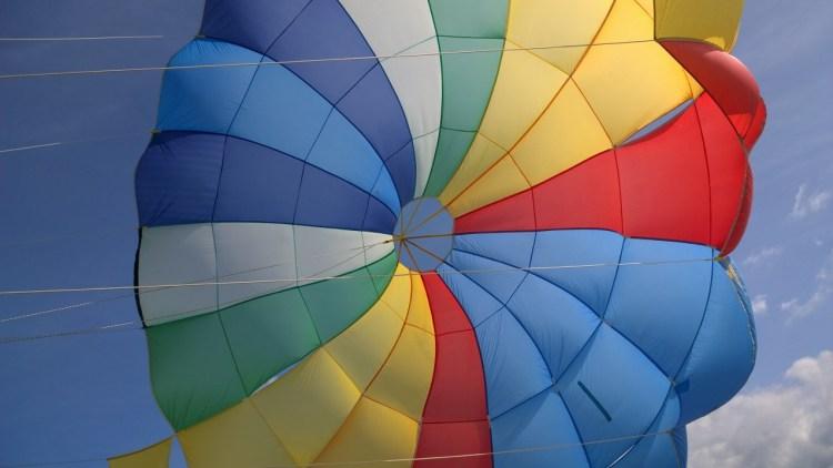 parasailing in mauritius
