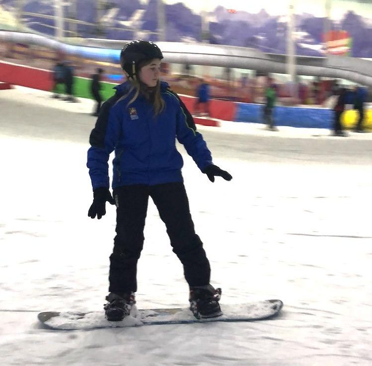snowboarding lessons manchester chill factore