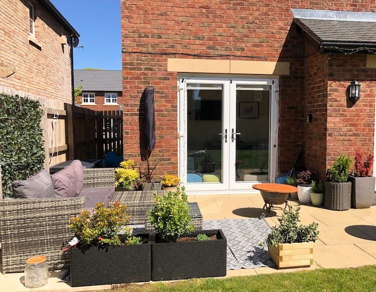 story homes gardens