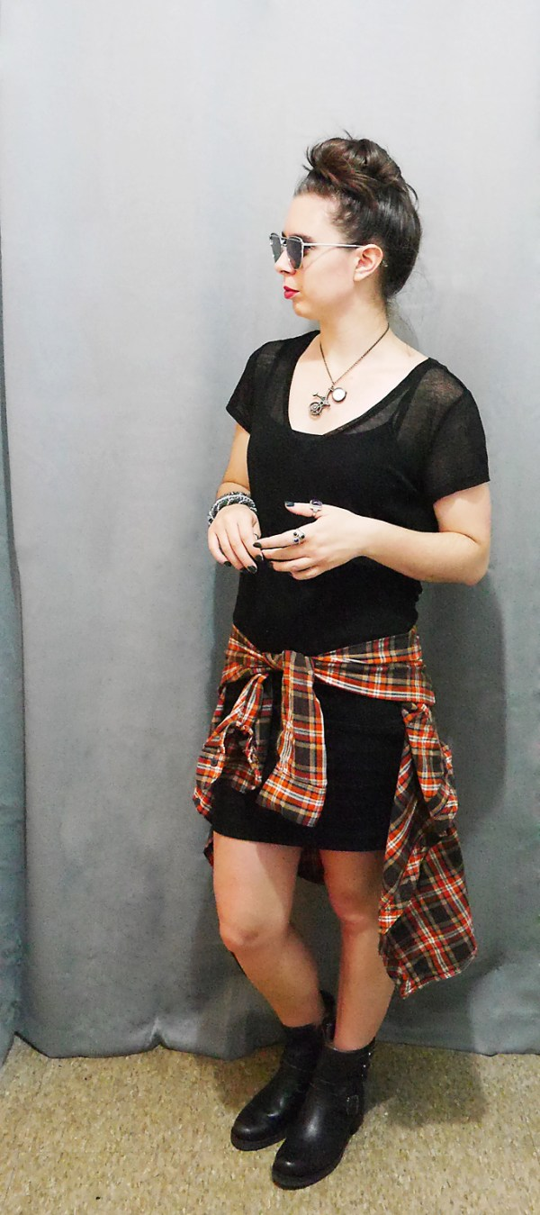 BlackShirt+MiniSkirt+PlaidButtonUpShirt Fall 10x10 Wardrobe Challenge 2