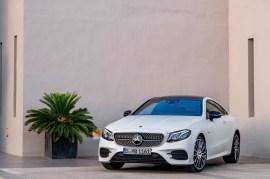 Mercedes-Benz E-Klasse Coupé; 2016; Exterieur: designo kashmirweiß magno, Edition 1, AMG Line, Night Paket // Mercedes-Benz E-Class Coupé; 2016; exterior: designo cashmir white magno, Edition 1, AMG Line, night package,