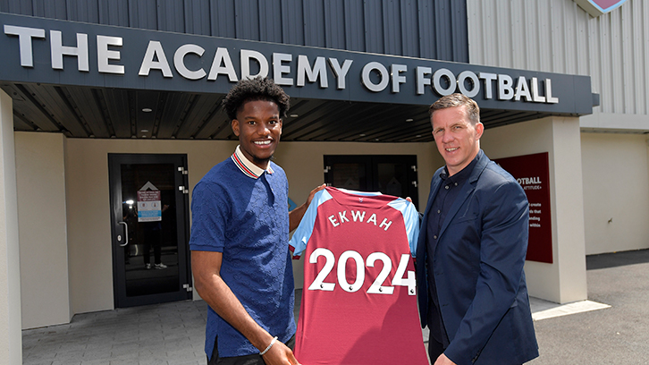 Ekwah-Elimby and Academy Manager Ricky Martin