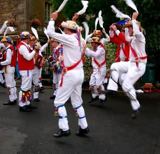 From cotswold morris dancers site