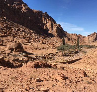 Hiking the valleys of Saint Catherine