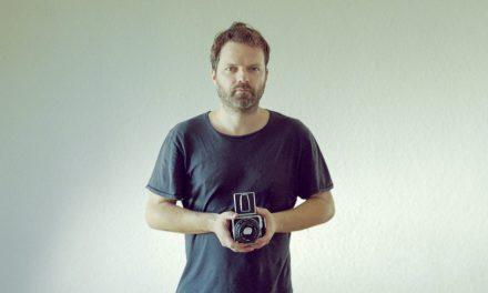 'B': Así es el primer libro de fotografía de Pau Roca