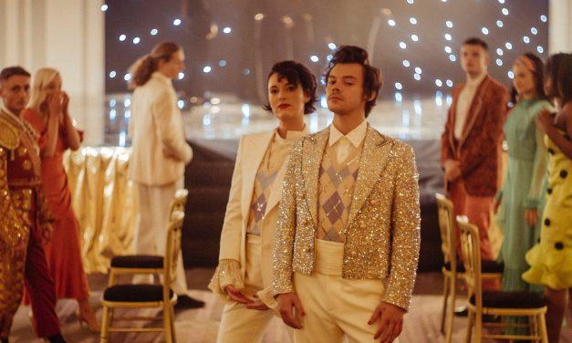 """""""TPWK"""": arranca el 2021 con Harry Styles bailando y brillando"""