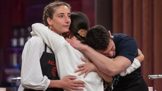 'MasterChef': dos aspirantes dicen adiós a las cocinas, una de ellas, gran favorita por sus compañeros