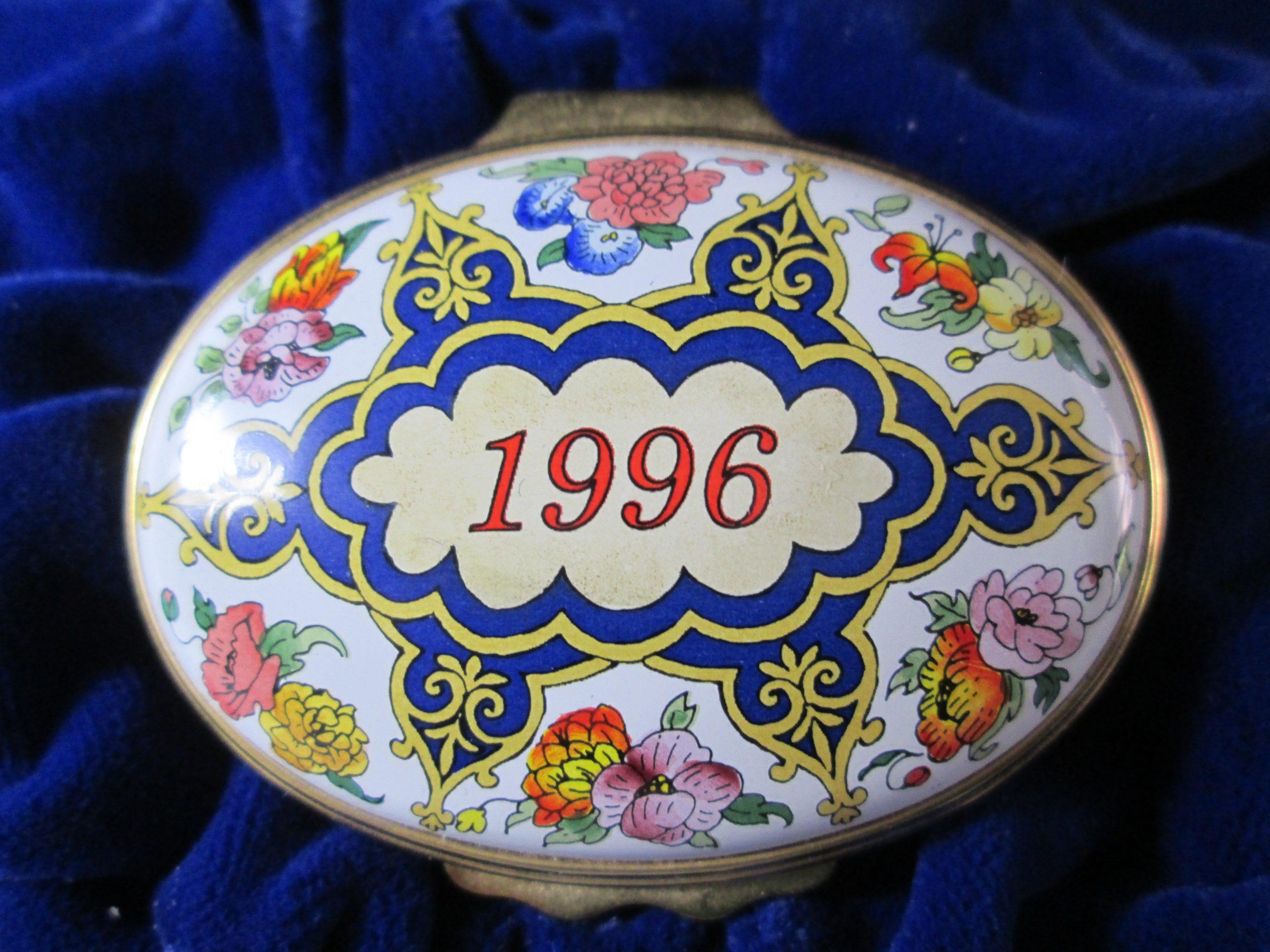Halcyon Days Enamel Box 1996