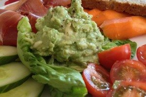 Avocado Dip with Vegetables