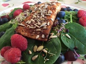 Chinese Salmon served with Spinach and Berries