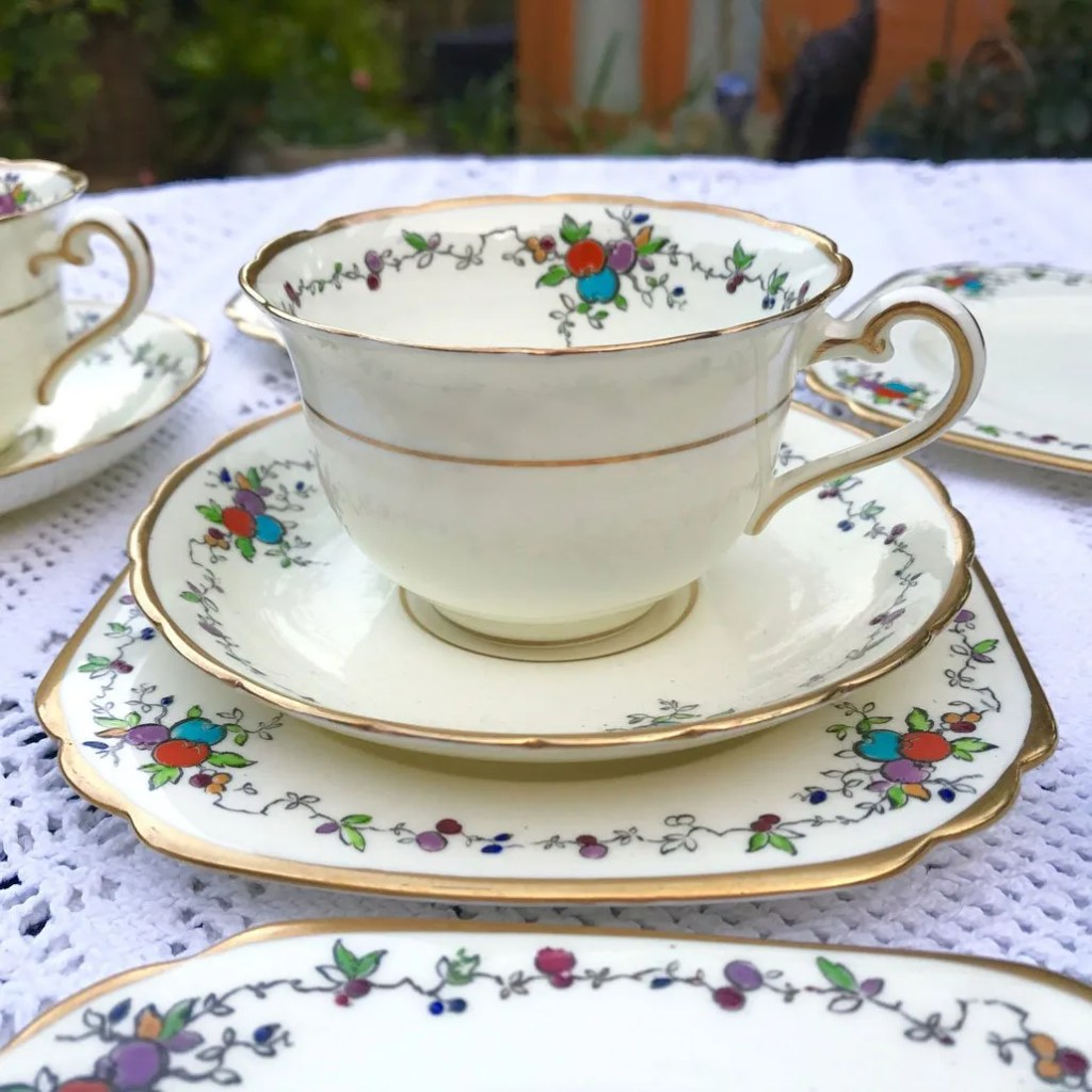 Wicksteads Art Deco English Tuscan China Tea Set