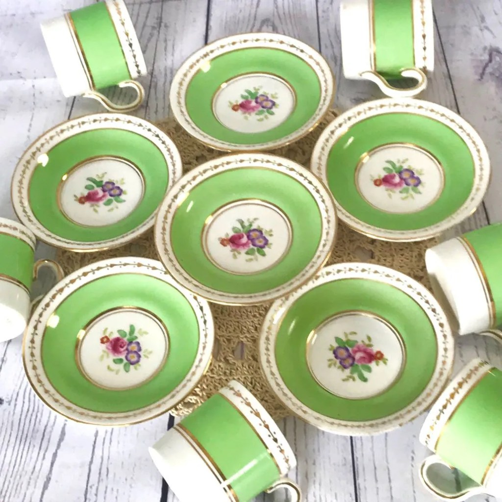 Wickstead's-Home-&-Living-Dainty-Coffee-Can-Cups-&-Saucers-Spring-Lime-Green-Set-(7)