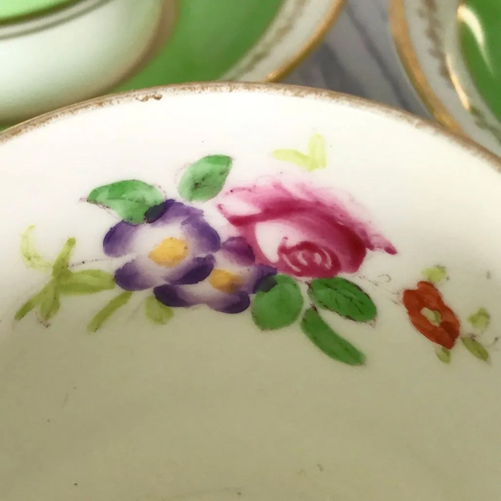 Wickstead's-Home-&-Living-Dainty-Coffee-Can-Cups-&-Saucers-Spring-Lime-Green-Set-(9)