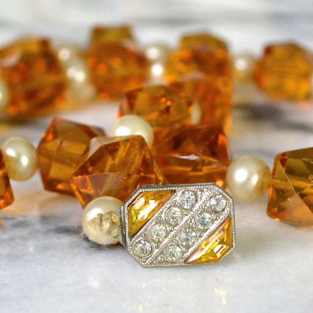 Wickstead's-Jewels-&-Treasures-Art-Deco-Soft-Amber-Crystal-Beads-and-Faux-Pearls-Necklace-(1)
