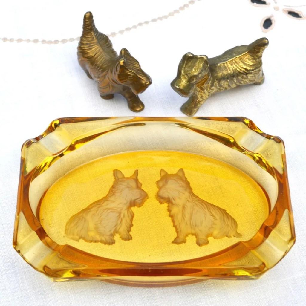 Wickstead's-Mr-Wickstead-Homewares-1930s-Scottie-Dogs-Amber-Glass-Dish-&-Solid-Brass-Figures-(2)