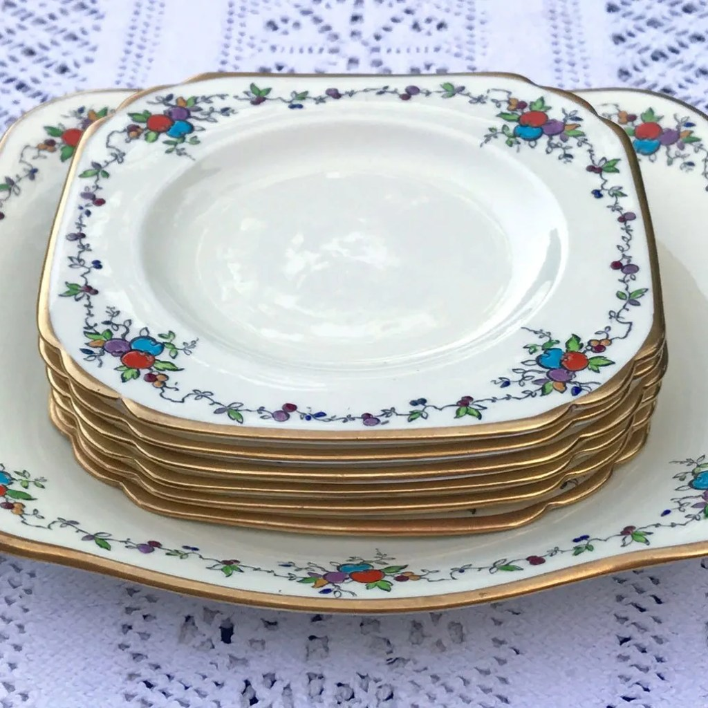 Wickstead's–Home-&-Living–Art-Deco-English-Tuscan-Hand-Painted-Plates-(7)