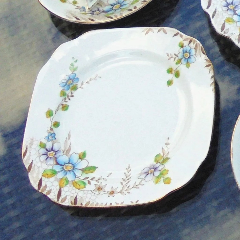 Wickstead's–Home-&-Living–Thomas-Forester-Phoenix-China-Plates-(2)