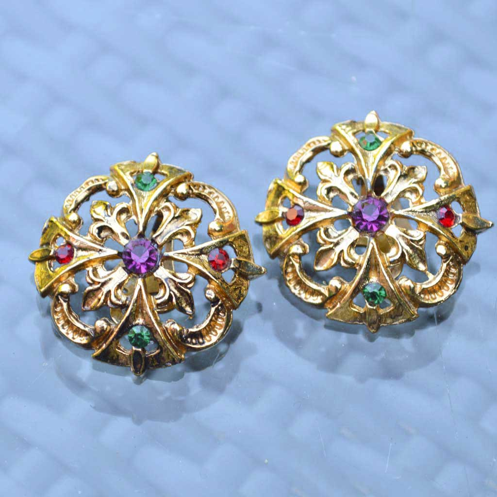 Wicksteads-Jewels-and-Treasures-Vintage-Clip-Earring-Gold-with-Coloured-Rhinestones–(1)