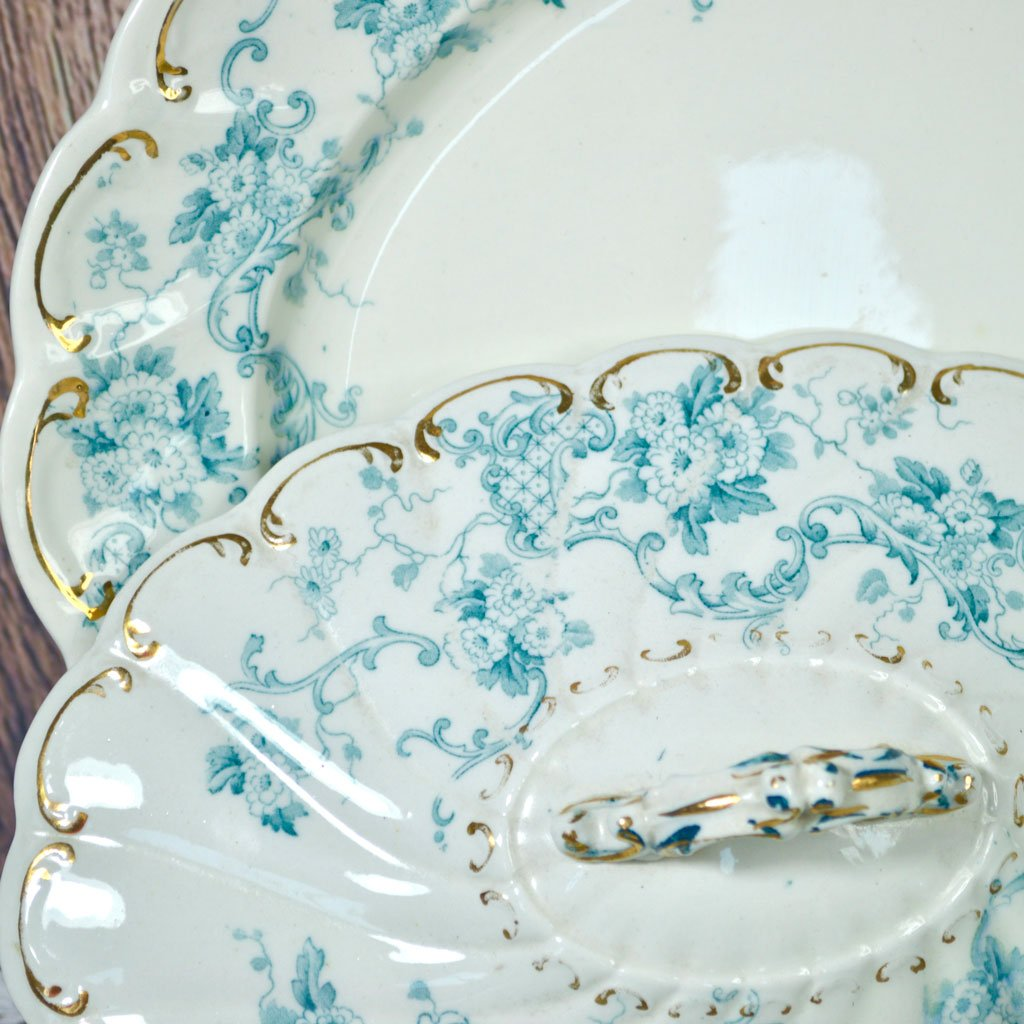 Wicksteads-Home-&-Living-Tableware-Antique-English-Tureens-&-Platter-Set-Blue-White-Floral-Florence-Pattern—(3)