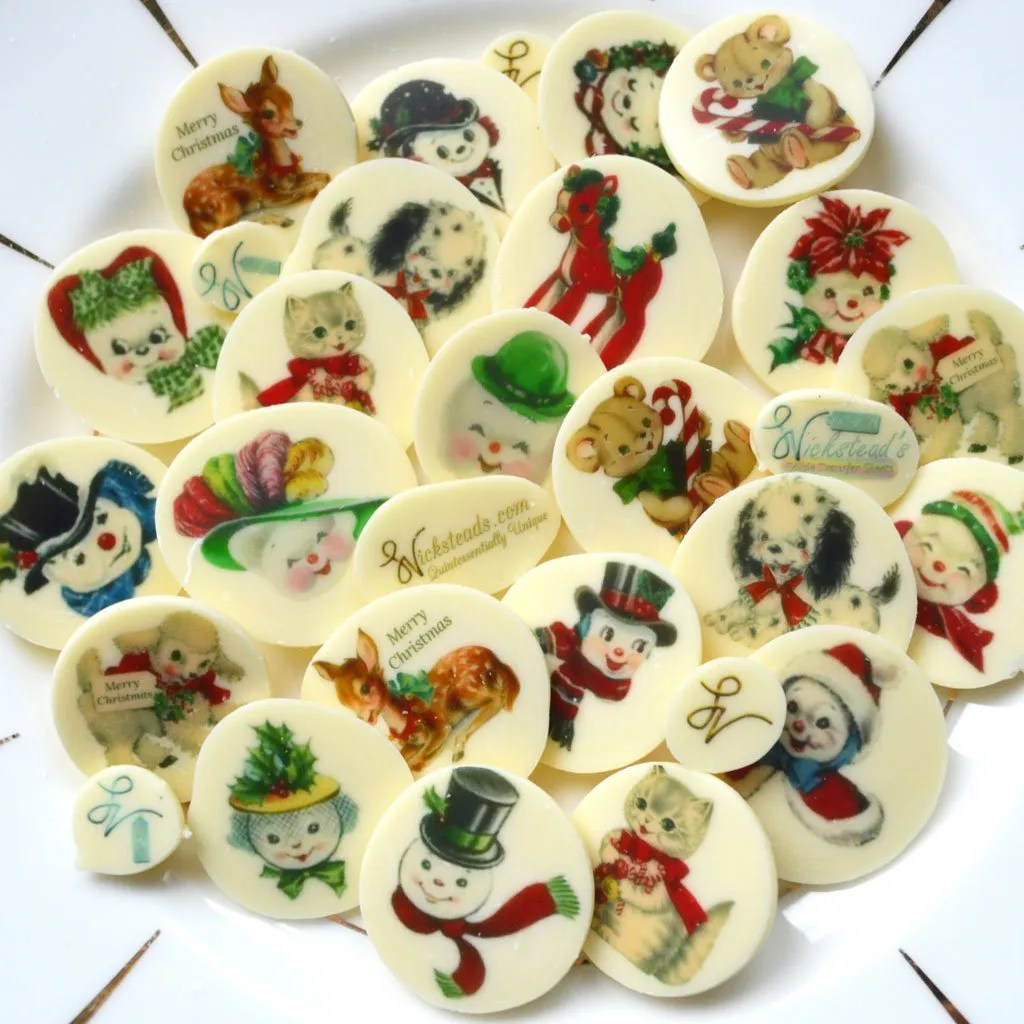 Wickstead's-Eat-Me-Edible-Chocolate-&-Meringue-Transfer-Sheets–Cute-Merry-Christmas-&-Snowmen-&-Snowwoman-faces