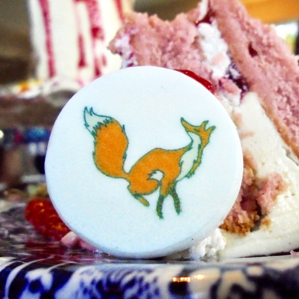 Wickstead's-Eat-Me-Edible-Meringue-Transfer-Sheets—Foxes-(7)