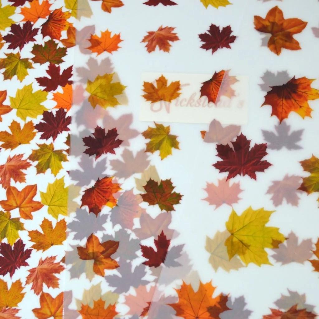 Wickstead's-Eat-Me-Edible-Meringue-Transfer-Sheets–Maple-Leaves-(9)