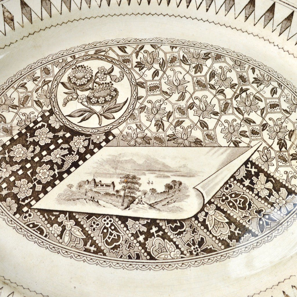 Wickstead's–Home-&-Living–Platter-Aesthetic-Brown-James-Beech-(2)