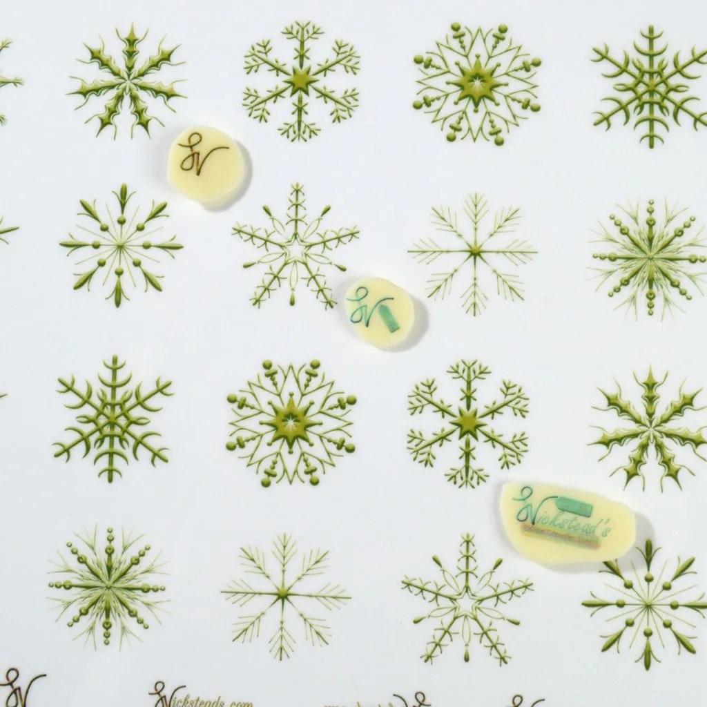 Wickstead's-Eat-Me-Edible-Meringue-&-Chocolate-Transfer-Sheets–Winter-Wonderland-Golden-Ice-Snowflakes-(1)