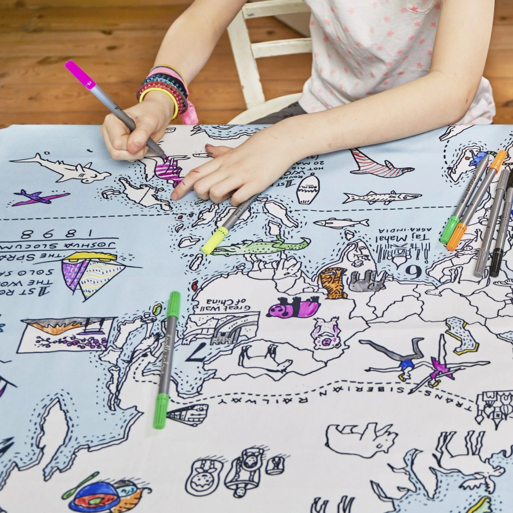 MAPTS world map tablecloth lifestyle 3