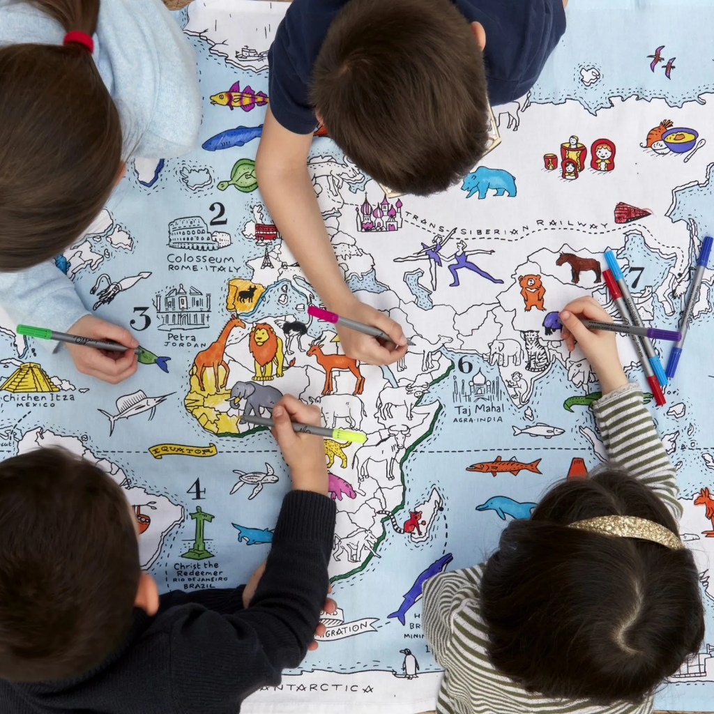 MAPTS world map tablecloth lifestyle 9