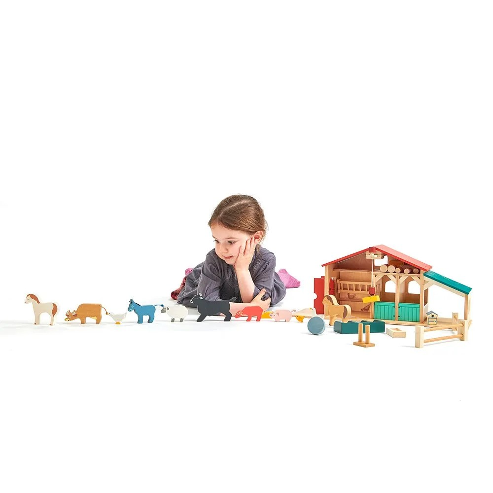 TL8481 farm with girl landscape