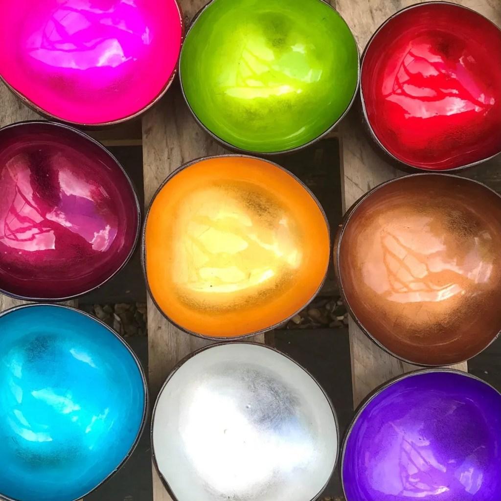 Wickstead's-Fair-Trade-Eco-Friendly-Metallic-&-Pastel-Coconut-Bowls—3