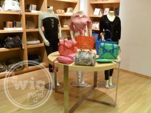 Guess Handbag Display