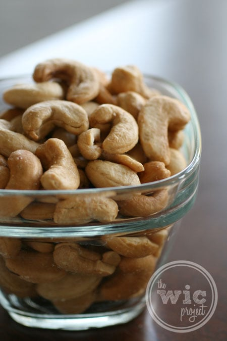 Jerry's Nut House Colossal Cashews