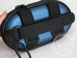 iLuv SmashBox Pro straps and caribiner