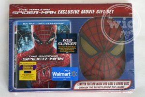 """""""The Amazing Spider-Man"""" Exclusive Mask DVD Set"""