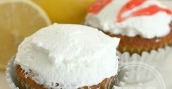 Baking Lemon Strawberry-Filled Cupcakes with Land O'Lakes Butter Sticks #HolidayButter