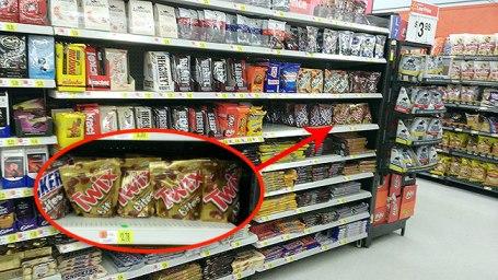 Walmart Candy Aisle - TWIX Bites