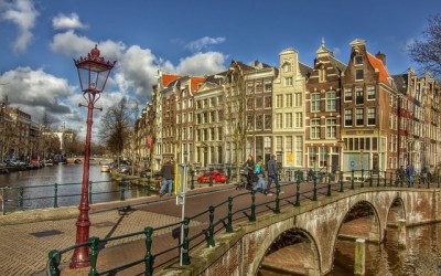 Fly Australia to Amsterdam from $983 Return on Etihad, Qatar and Singapore Airlines!