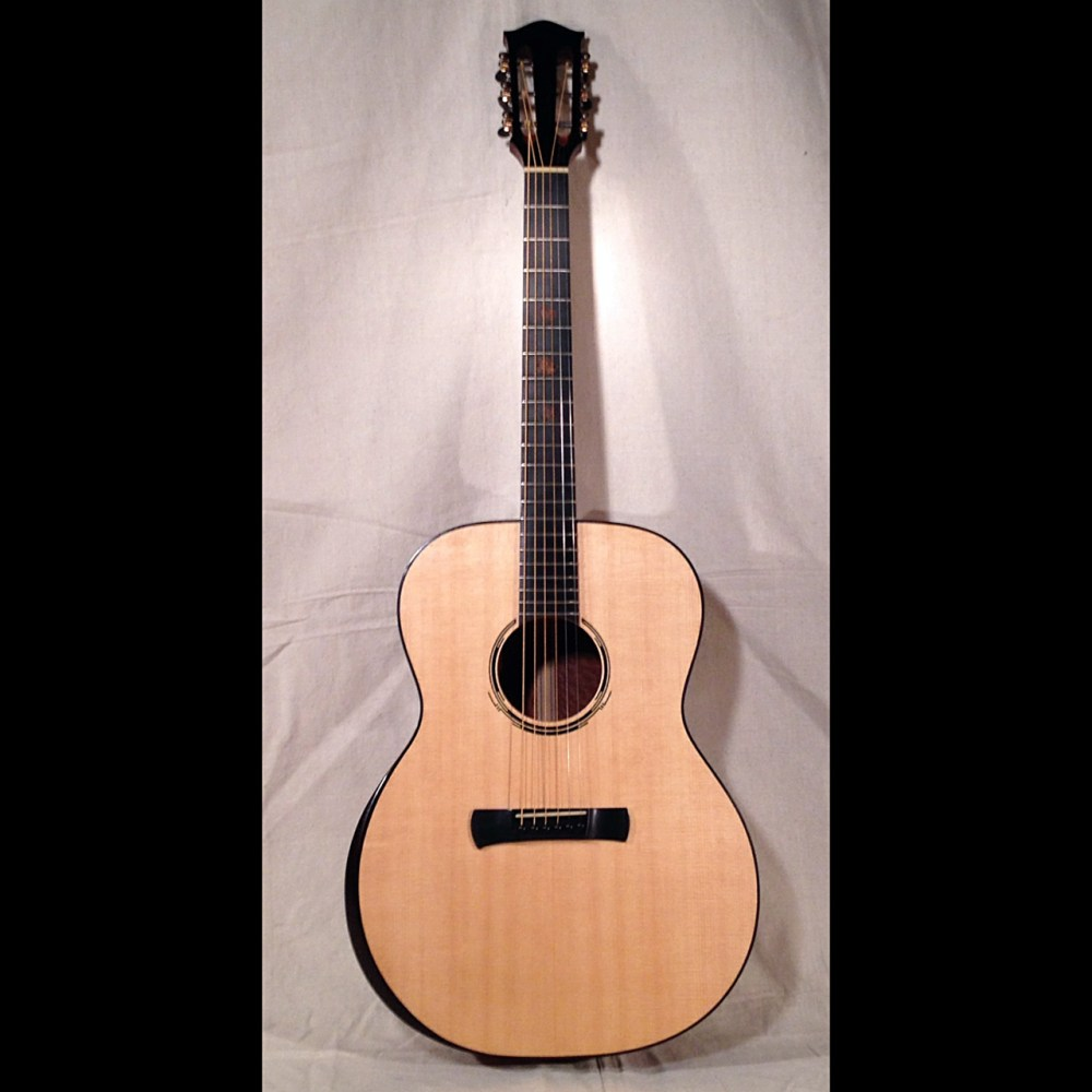 Dreadnought with Arm Bevel and Ammonite inlay