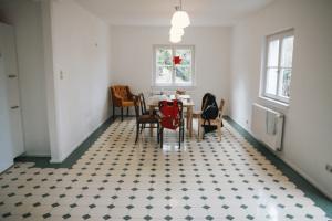 Zementfliesen für Küchen in besonderen Formaten und Farben.