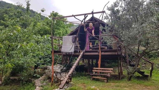 Montenegro Urlaub im Baumhaus Stari Bar