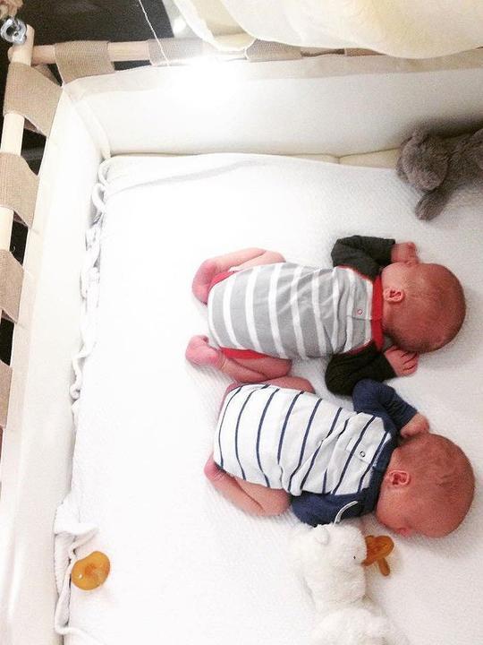 tweeling wieg huren