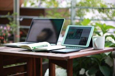 Praca u siebie - dla blogera, vlogera