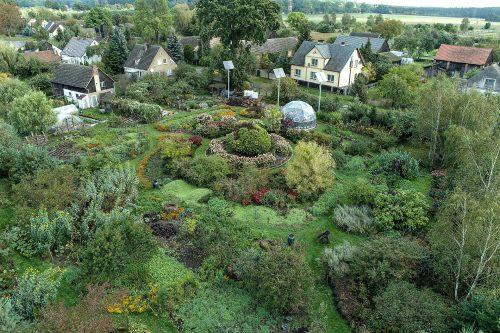 Akademia Anielskich Ogrodów - kurs ogrodniczy, poradnik ogrodniczy, szkolenie dla ogrodników, permakultura