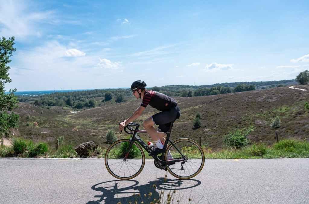 "Oproep: KNWU, NTFU, Fietsersbond en Landelijk fietsplatform: ""Fietsers, wees verstandig: blijf dichtbij huis en houd voldoende afstand"""